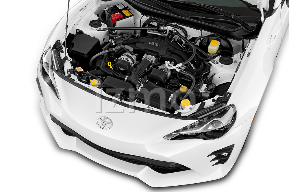 Car Stock 2018 Toyota 86 GT 2 Door Coupe Engine  high angle detail view