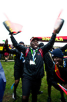 Scouts from Angola are warming up for the opening ceremony. Photo: Fredrik Sahlström/Scouterna