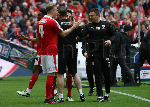 03.04.2016. Wembley Stadium,  London, England. Johnstones Paint Trophy Football Final Barnsley versus  Oxford Utd. Barnsleys Paul Heckingbottom shakes the hand of player Marc Roberts