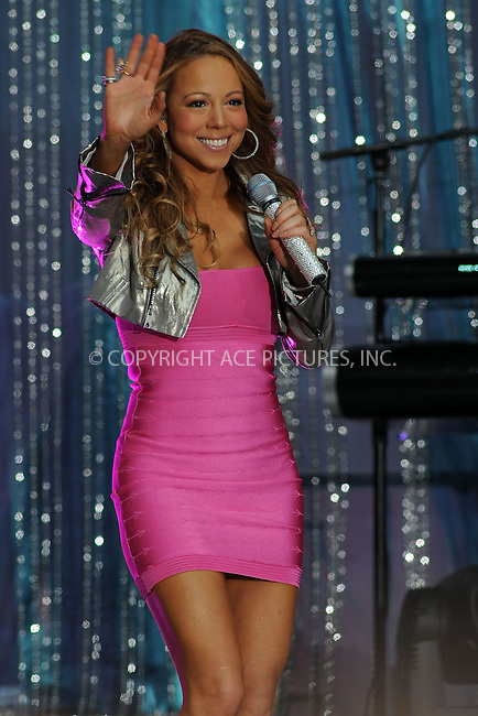 WWW.ACEPIXS.COM . . . . . ....April 25 2008, New York City....Singer Mariah Carey performs on 'Good Morning America' in Times Square in midtown Manhattan....Please byline: KRISTIN CALLAHAN - ACEPIXS.COM.. . . . . . ..Ace Pictures, Inc:  ..(212) 243-8787 or (646) 679 0430..e-mail: picturedesk@acepixs.com..web: http://www.acepixs.com