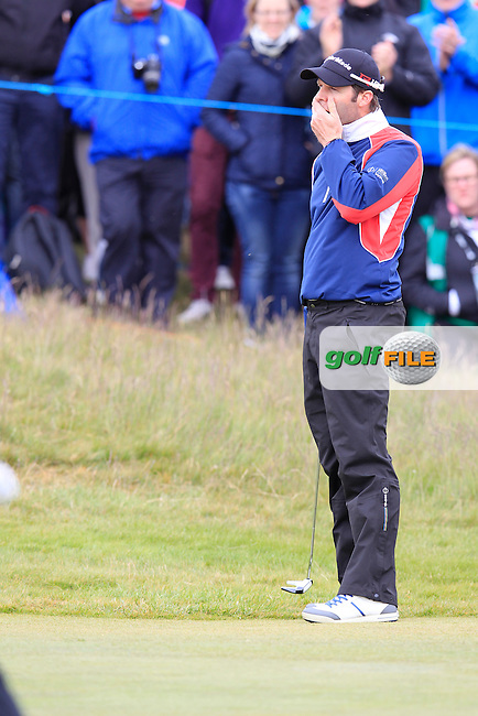 Bradley DREDGE (WAL) misses his putt at the 18th green during Saturday's Round 3 of the 2015 Dubai Duty Free Irish Open, Royal County Down Golf Club, Newcastle Co Down, Northern Ireland 5/30/2015<br /> Picture Eoin Clarke, www.golffile.ie