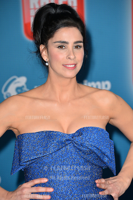 "LOS ANGELES, CA. November 05, 2018: Sarah Silverman at the world premiere of ""Ralph Breaks The Internet"" at the El Capitan Theatre.<br /> Picture: Paul Smith/Featureflash"
