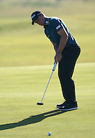 Paul Dunne of Ireland putts during Round 2 of the 2015 Alfred Dunhill Links Championship at the Old Course, St Andrews, in Fife, Scotland on 2/10/15.<br /> Picture: Richard Martin-Roberts | Golffile