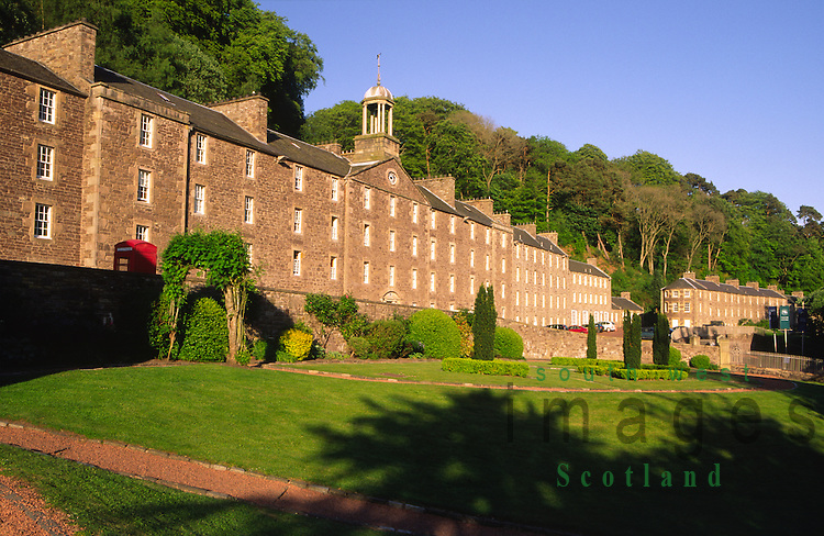 New Lanark UNESCO World Heritage Site conservation village Robert Owens cotton mills workers houses beside the River Clyde Lanarkshire Scotland UK