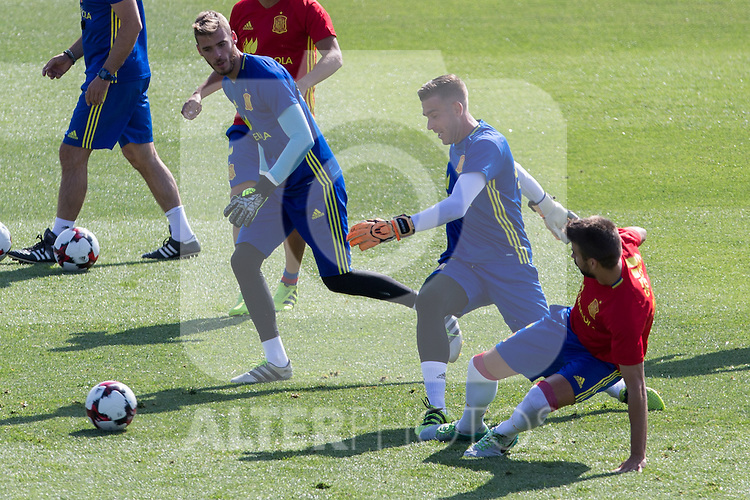 Spanish Gerard Pique, Adrian San Mateo and David de Gea  during the second training of the concentration of Spanish football team at Ciudad del Futbol de Las Rozas before the qualifying for the Russia world cup in 2017 August 30, 2016. (ALTERPHOTOS/Rodrigo Jimenez)