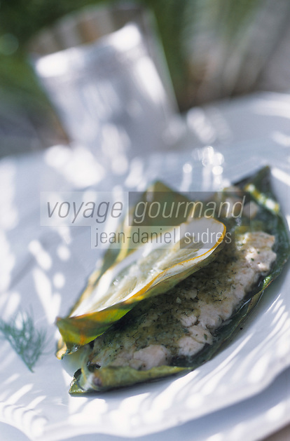 "Europe/Italie/Côte Amalfitaine/Campagnie/Amalfi : Tartare d'espadon grillé en feuilles de citronnier - Recette d'Antonio Dipino chef de ""La Caravella"""