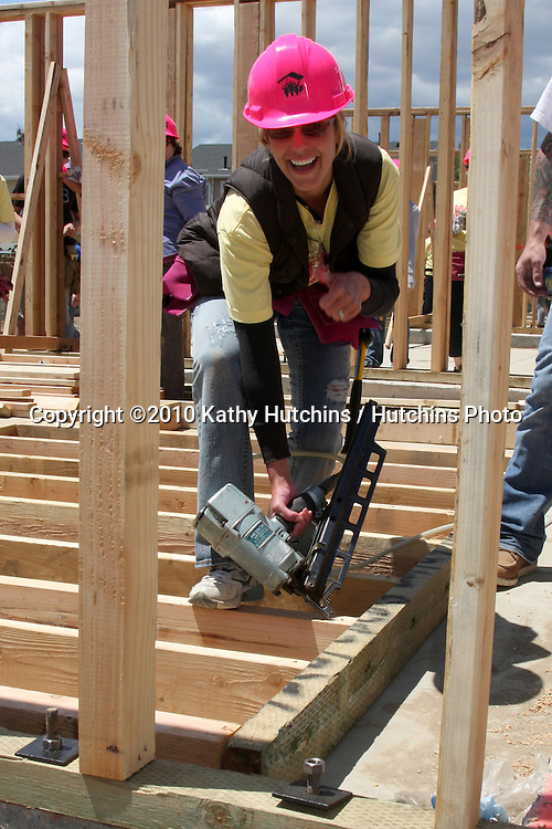 Arianne Zucker.at the Habitat For Humanity San Fernando/Santa Clarita  Valleys Women Empowerment Building Site - TV & Soap Stars.Habitat for Humanity build site, 12600 Carl St..Pacoima, CA.May 23, 2010.©2010 Kathy Hutchins / Hutchins Photo..