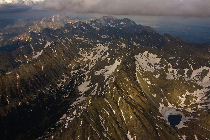 Aerial view of the heart of the High Tatras, culminating with Mount Gerlach (2665m als), the highest peak on the right. High Tatras, Slovakia. June 2009. Mission: Ticha