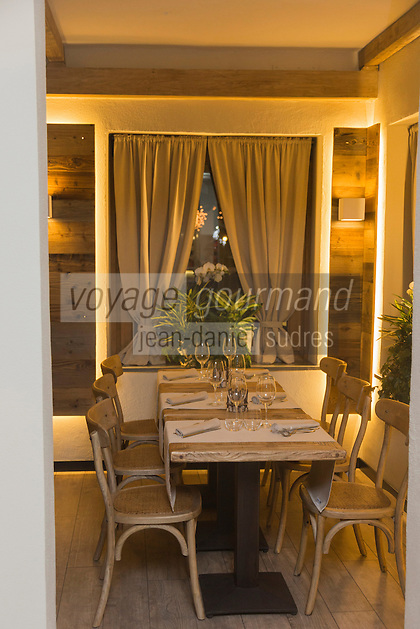 Italie, Val d'Aoste, Breuil-Cervinia: restaurant: Wood, Via Guido Rey 26<br />  // Italy, Aosta Valley, Breuil-Cervinia