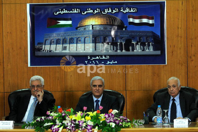Palestinian President Mahmoud Abbas (Abu Mazen) attends the signing of reconciliation agreement in Cairo, Egypt on May 4,2011. Fatah and Hamas officials lead a ceremony celebrating the signing of a reconciliation deal intended to repair ties between the rival movements. Photo by Ahmed Asad