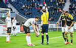 Solna 2015-04-26 Fotboll Allsvenskan AIK - &Ouml;rebro SK :  <br /> Domare Andreas Ekberg elak ut ett r&ouml;tt kort till &Ouml;rebros Daniel Bj&ouml;rnqvist under matchen mellan AIK och &Ouml;rebro SK <br /> (Foto: Kenta J&ouml;nsson) Nyckelord:  AIK Gnaget Friends Arena Allsvenskan &Ouml;rebro &Ouml;SK utvisning utvisad utvisas utvisning r&ouml;tt kort