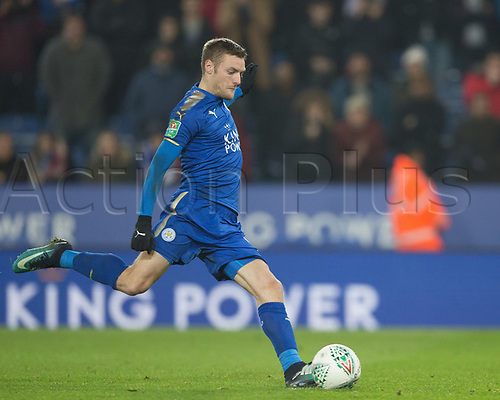 19th December 2017, King Power Stadium, Leicester, England; Carabao Cup quarter-final, Leicester City versus Manchester City; Jamie Vardy of Leicester City takes his penalty and misses in penalty shoot out