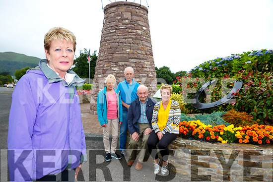 Vera O'Sullivan and the hard working committee l-r: Joan Connors, John O'Riordan, Tony McSweeney and Ann McKenna from Glenbeigh which has been chosen for the Pride of Place competition