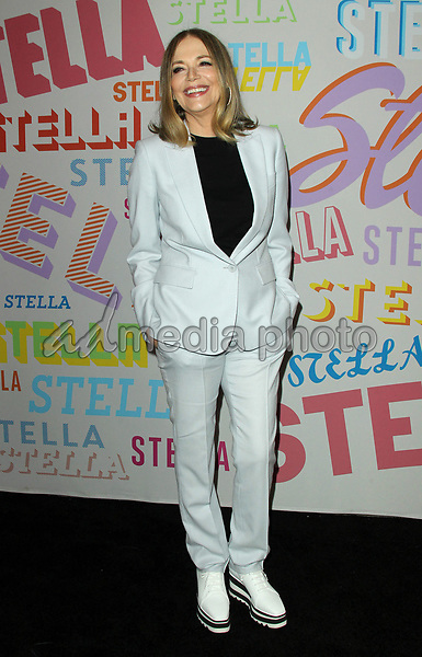 11 May 2019 - Peggy Lipton, star of 'Mod Squad' and 'Twin Peaks,' ex-wife of Quincy Jones, dies at 72 from cancer. File Photo: 16 January 2018 - Pasadena, California - Peggy Lipton. Stella McCartney Autumn 2018 Presentation held at S.I.R. Studios in Los Angeles. Photo Credit: AdMedia