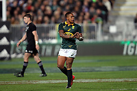 Elton Jantjies during the Rugby Championship match between the New Zealand All Blacks and South Africa Springboks at QBE Stadium in Albany, Auckland, New Zealand on Saturday, 16 September 2017. Photo: Shane Wenzlick / lintottphoto.co.nz