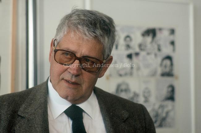 Cartoonist Hugo Pratt.