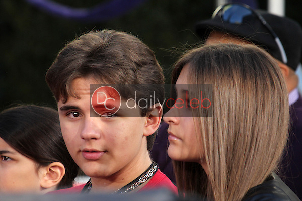 Prince Jackson, Paris Jackson<br />