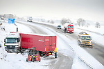 Pic Kenny Smith, Tel 07809 450119,  Traffic on the M90 north of Kinross came to a standstill due to a jack-knifed lorry which had traffic tailed back beyond J4 Kelty 10 miles away