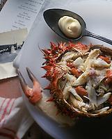 """Europe/France/Pays de la Loire/85/Vendée/Ile d""""Yeu/Port Joinville : Salade d'araignées de mer - Plat traditionnel lors des mariages sur l'île - Recette de Marc Turbe (pêcheur)"""