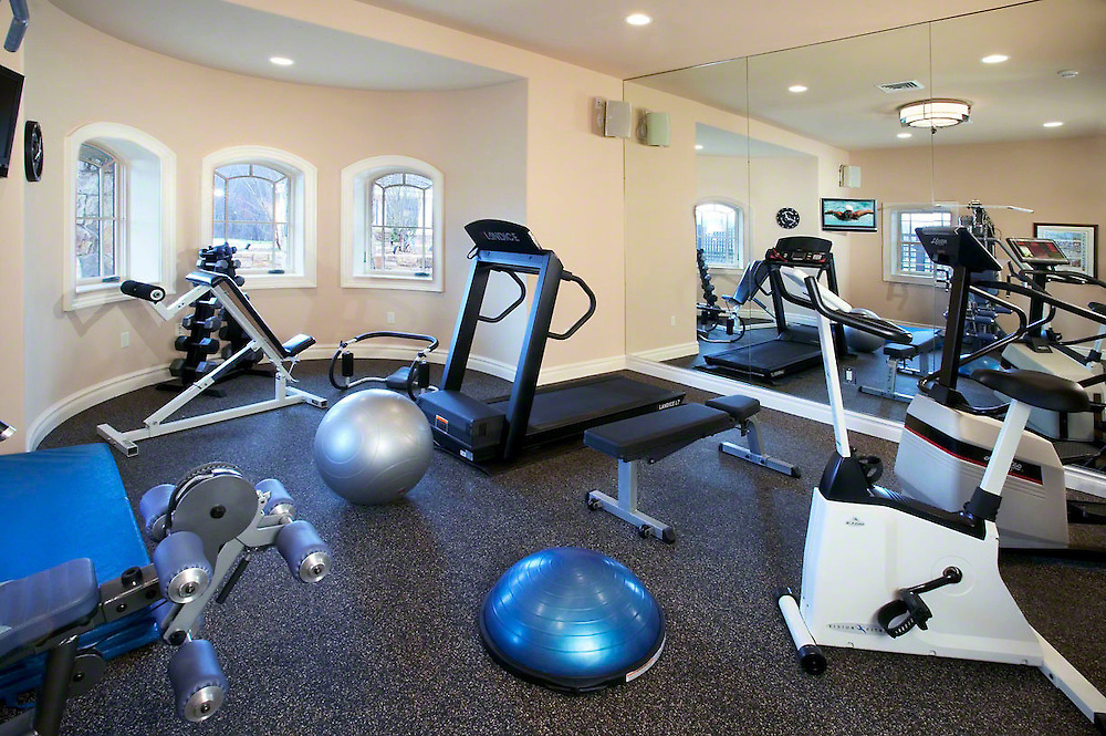 Tech Healthy Work Out Room