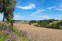 Germany, Upper Bavaria, hop-planting area Hallertau (Holledau), village Niederlauterbach | Deutschland, Bayern, Oberbayern, Hopfenanbaugebiet Hallertau (Holledau), Niederlauterbach liegt in der Gemeinde Wolnzach und im Landkreis Pfaffenhofen an der Ilm