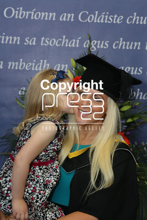 25/10/2012   Mary Immaculate College Conferrings.  oDeirdre Clohessy (BA) from Fairgreen, Limerick with daughter Kayla (5) Picture Liam Burke/Press 22