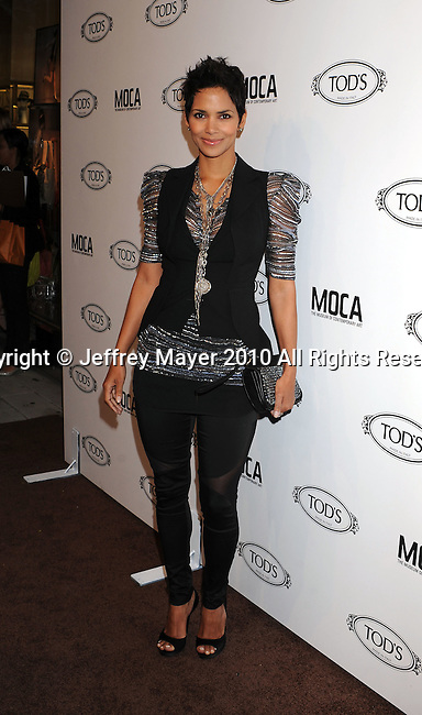 BEVERLY HILLS, CA. - April 15: Halle Berry arrives at the Diego Della Valle Cocktail Celebration Honoring Tod's Beverly Hills Boutique on April 15, 2010 in Beverly Hills, California.