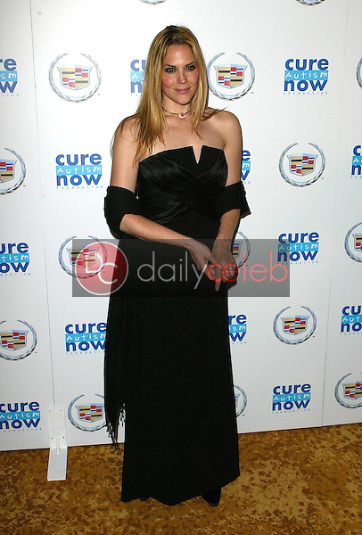 Mary McCormack<br />at Cure Autism Now's CAN:DO Gala. Regent Beverly Wilshire Hotel, Beverly Hills, CA. 11-06-05<br />Jason Kirk/DailyCeleb.com 818-249-4998