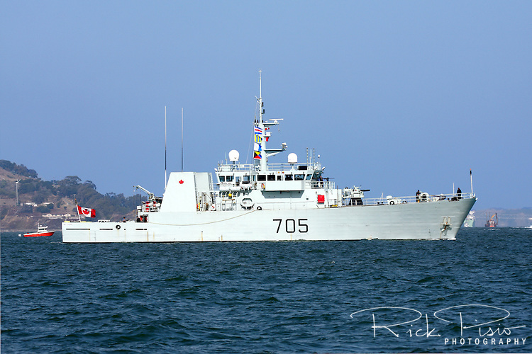 Canadian Navy Kingston class patrol Vessel HMCS Whitehorse (MM 705) sails into San Francisco Bay during the 2009 Fleet Week Parade of Ships. The Whitehorse was launched on 4 February 1997 and was officially commissioned into the Canadian Forces on 17 April 1998 and carries the pennant number 705. HMCS Whitehorse is assigned to Maritime Forces Pacific (MARPAC) and is homeported at CFB Esquimalt.