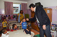 SAO PAULO, SP, 25 MARCO 2013 - VISTORIA FERNANDO HADDAD - Prefeito de Sao Paulo Fernando Haddad visita à CEI Vila Pedroso no bairo de Sao Migulel Pta na zona leste de Sao Paulo . Na manha desta segunda feira 25. (FOTO: ALAN MORICI / BRAZIL PHOTO PRESS).