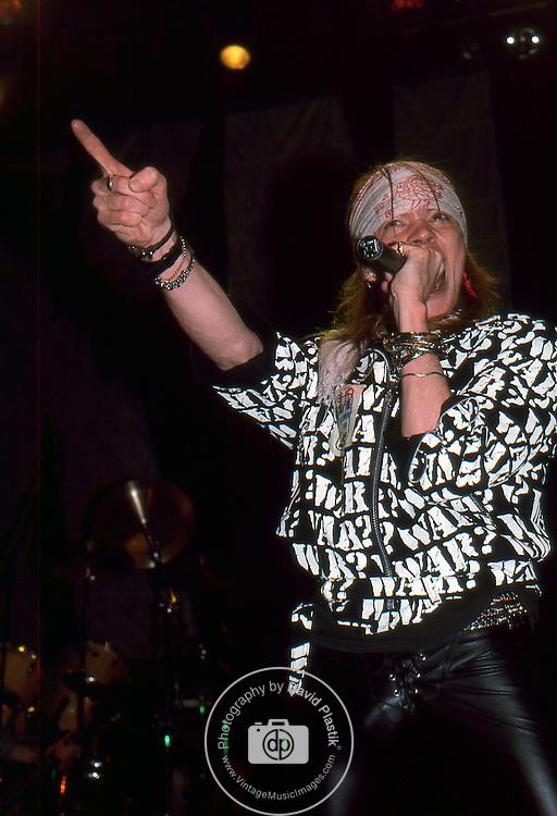 Guns-N-Roses-477.jpg