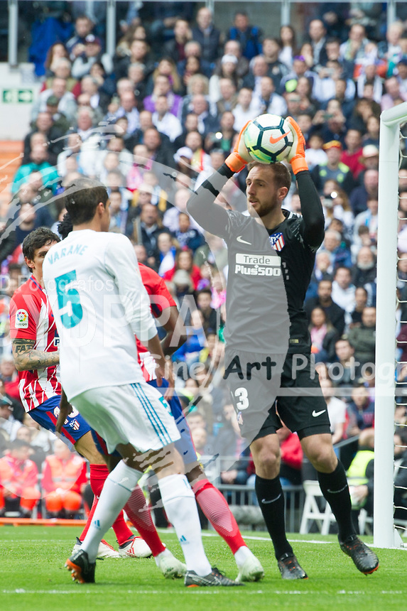 Atletico Madrid's Slovenian goalkeeper Jan Oblak <br /> Spanish league football match Real Madrid vs Atletico de Madrid at the Santiago Bernabeu stadium in Madrid on April 8, 2018.