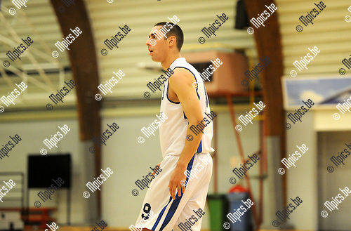 2014-10-26 / Basketbal / seizoen 2014-2015 / Pitzemburg /  Rory Claes<br />