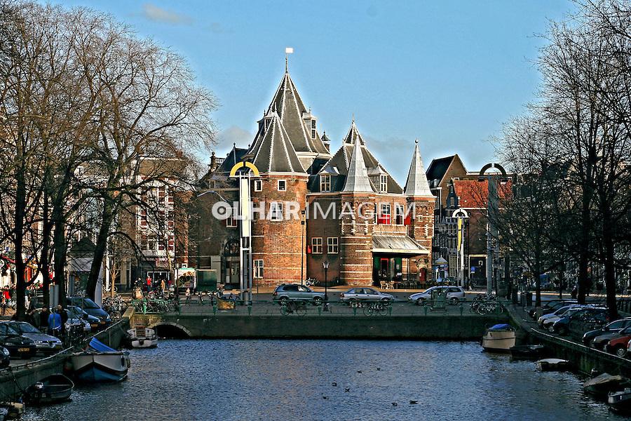 Mercado Nieuwmarki em Amsterdã. Holanda. 2007. Foto de Marcio Nel Cimatti.