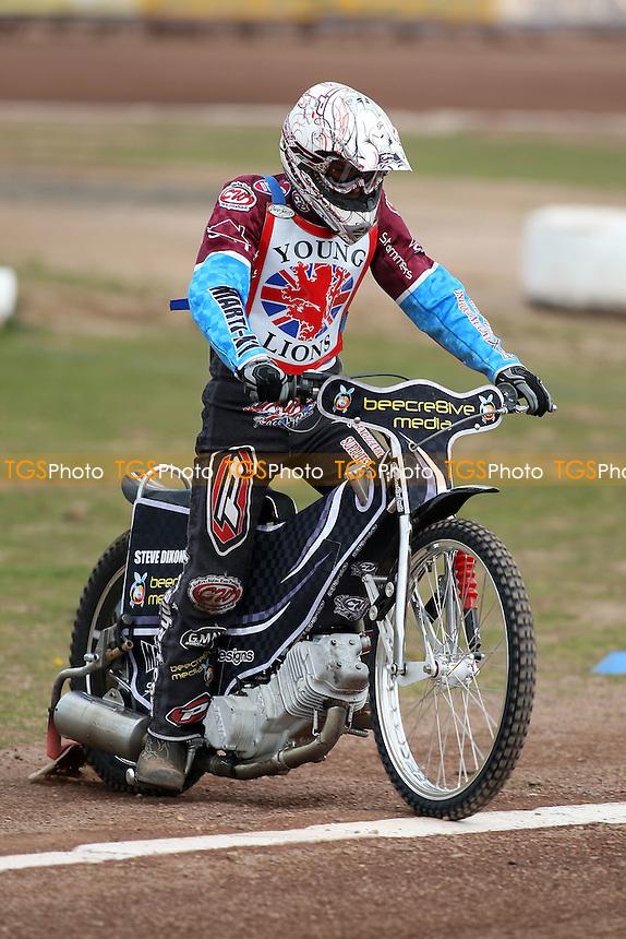 Jerran Hart (4) rides during British Under-21 Speedway Championship Practice at Arena Essex Raceway, Purfleet -  16/04/10 - MANDATORY CREDIT: Gavin Ellis/TGSPHOTO - Self billing applies where appropriate - Tel: 0845 094 6026