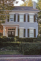 Alton: Hudson House, 410 Belleview. Federal style, c. 1856. Photo '77.