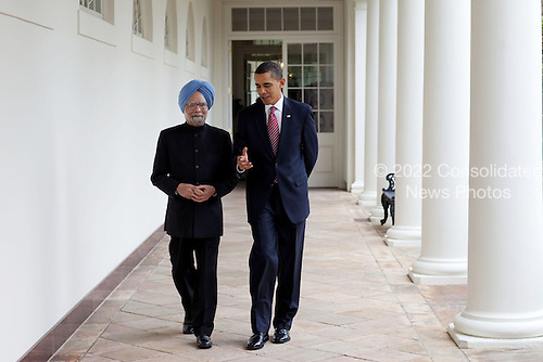 Washington, DC - November 24, 2009 -- United States President Barack Obama walks with Prime Minister Manmohan Singh of India along the Colonnade of the White House, November 24, 2009..Mandatory Credit: Pete Souza - White House via CNP