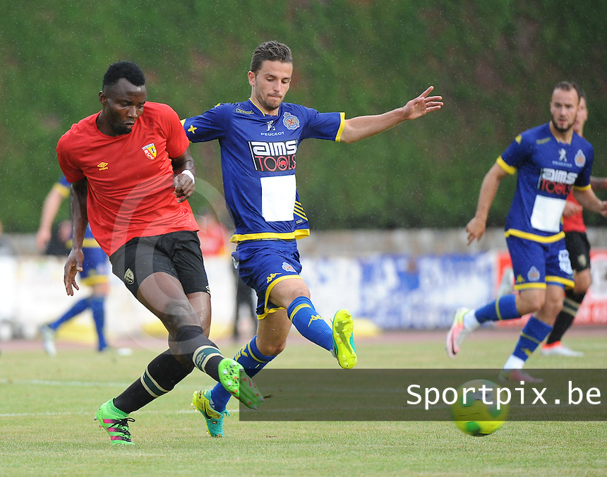 20160713 - DOUAI , FRANCE : RC Lens' Djeman Koukou (L) and Waasland Beveren's Siebe Schrijvers (R) pictured during a friendly game between Racing Club de LENS and Waasland Beveren during the preparations for the 2016-2017 season , Wednesday 13 July 2016 ,  PHOTO Dirk Vuylsteke | Sportpix.Be