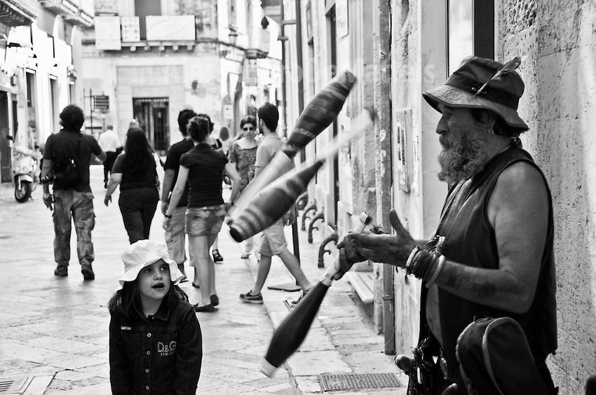 """Artista di strada 2010 - Progetto """"Margini"""""""