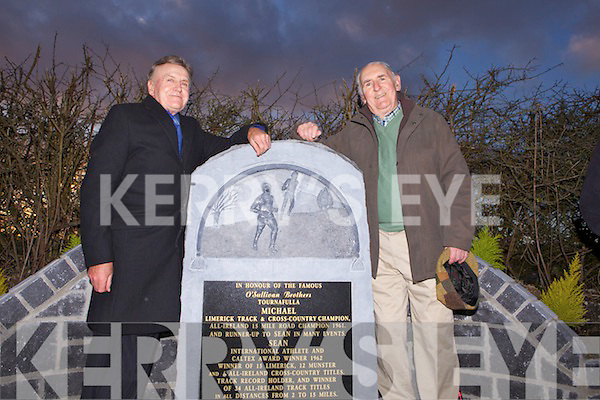 Tournafulla honours  local athletes of the past with a plaque unveiling to brothers Sean and his late brother Michael O'Sullivan, pictured here last Friday was Sean O'Sullivan with former athlete John Dunne.