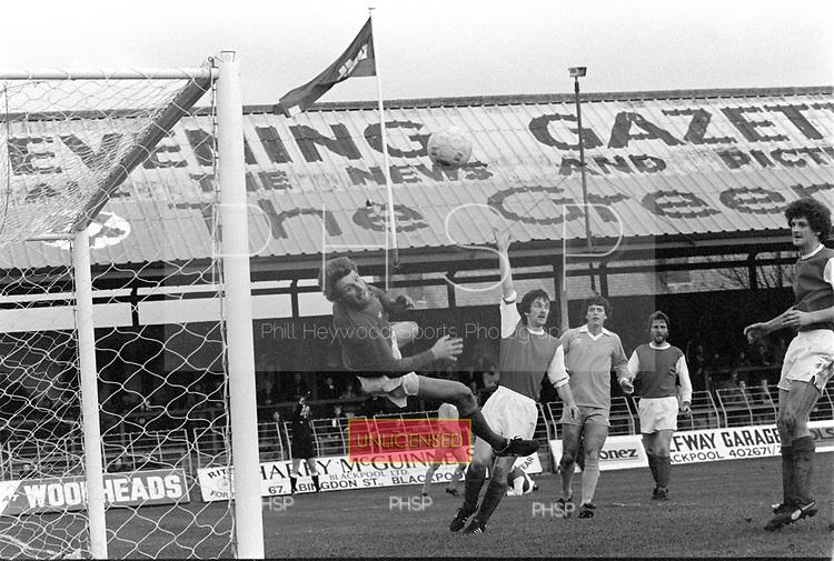22/11/80 Blackpool v Fleetwood Town FAC 1..©  Phill Heywood