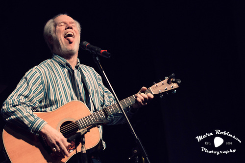 Loudon Wainwright III sticking out his tongue Cleveland rock photographer Mara Robinson