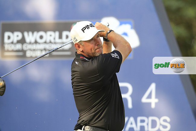 Lee Westwood (ENG) on the 16th tee during the final round of the DP World Tour Championship, Jumeirah Golf Estates, Dubai, United Arab Emirates. 18/11/2018<br /> Picture: Golffile | Fran Caffrey<br /> <br /> <br /> All photo usage must carry mandatory copyright credit (&copy; Golffile | Fran Caffrey)