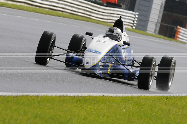 Garry Findlay - Fluid Motorsport Van Diemen LA09