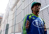 SÃO PAULO,SP,06 AGOSTO 2012 - VISITA JOGADORES OBRAS ARENA PALESTRA<br /> Valdivia jogador do Palmeiras  duarante visita na tarde de hoje as obras da Arena Palestra.FOTO ALE VIANNA/BRAZIL PHOTO PRESS.