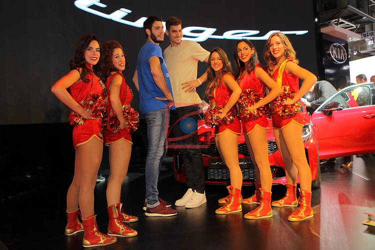 Automobile Barcelona 2017.<br /> Stand KIA.<br /> Dream Cheers, Alex Abrines &amp; Juancho Hernangomez.
