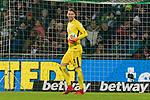 11.02.2018, Weserstadion, Bremen, GER, 1.FBL, SV Werder Bremen vs VfL Wolfsburg<br /> <br /> im Bild<br /> Jiri Pavlenka (Werder Bremen #1) mit Schmerzen, <br /> <br /> Foto &copy; nordphoto / Ewert