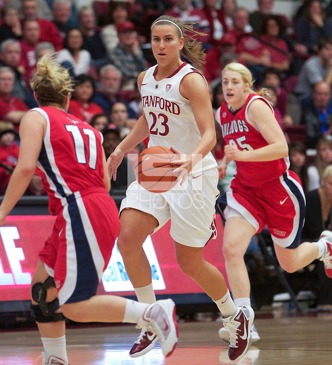 STANFORD, CA:  Jeanette Pohlen during Stanford's 77-40 victory over Fresno State at Stanford, California on December 12, 2010.