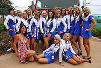 Samsung grid girls during Day Three of the Hamilton 400 Aussie V8 Supercars Round Two at Frankton, Hamilton, New Zealand on Sunday, 19 April 2009. Photo: Dave Lintott / lintottphoto.co.nz