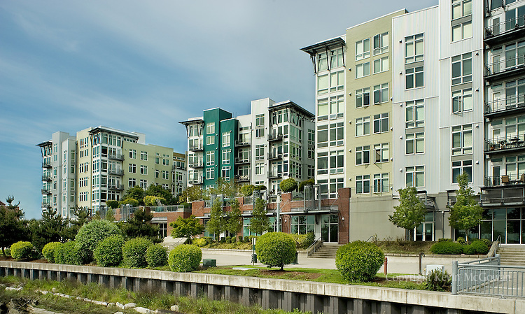 Thea's Landing condominiums in Tacoma, Wa